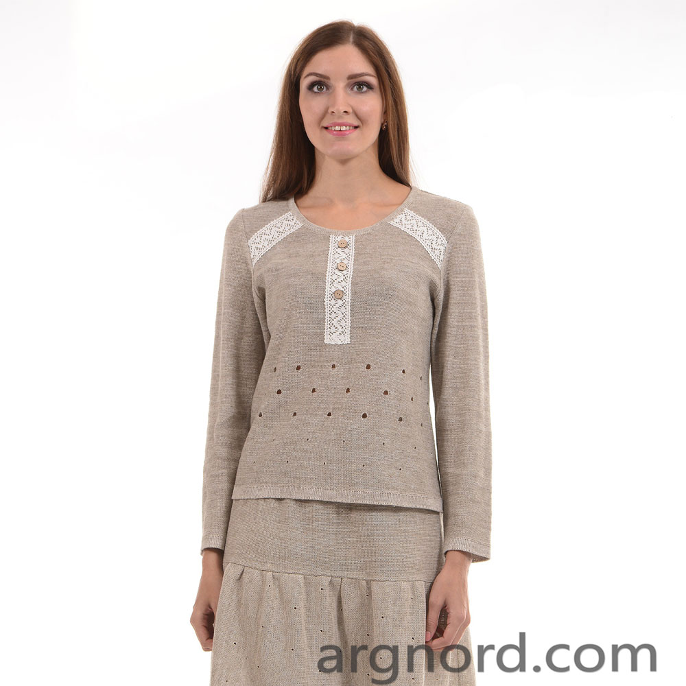 Linen sweater with lace and decorated buttons | 292-15