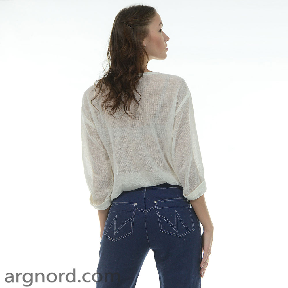 Loose fit sweater with 3/4 sleeves and high neckline | 371-15