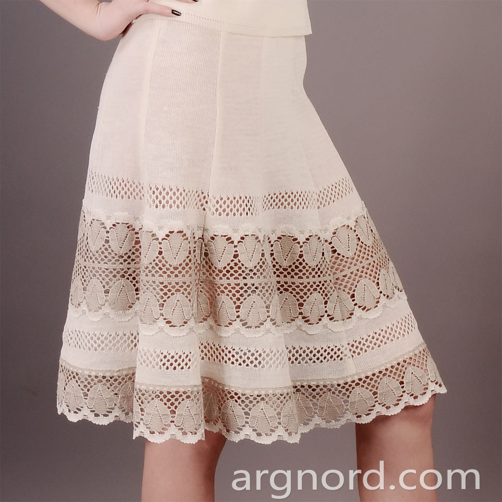 100% bleached linen skirt with lace | 12075