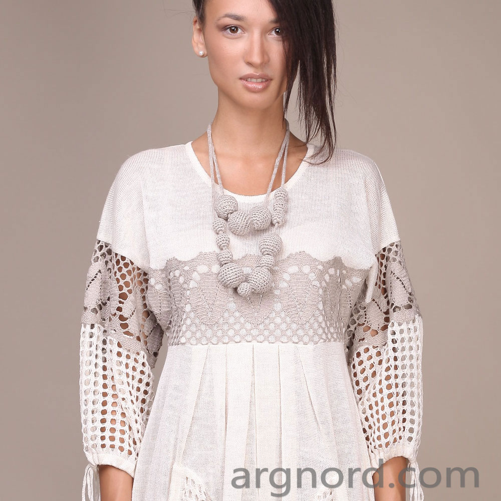 Dress made of 100% linen with lace and pockets | 11093