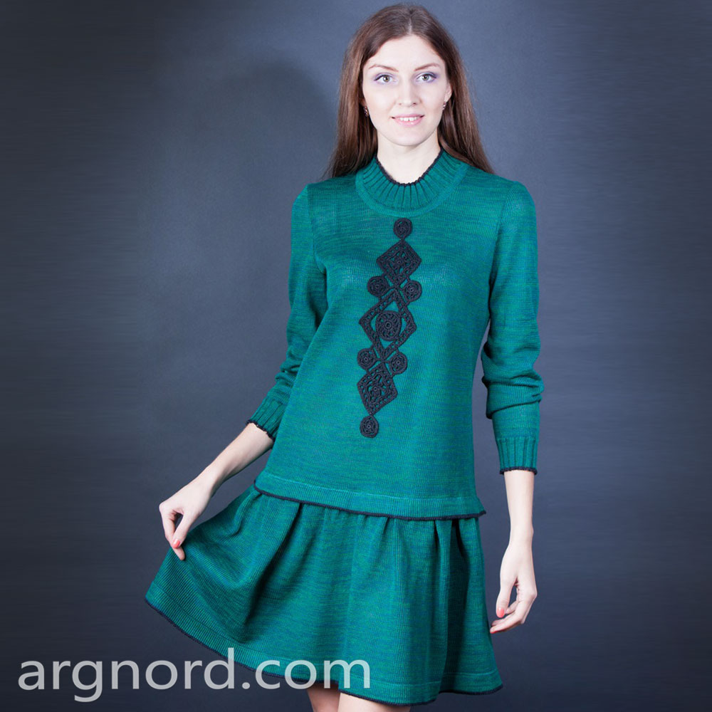 Linen short Dress with blak embroidery and long sleeves | 310-15