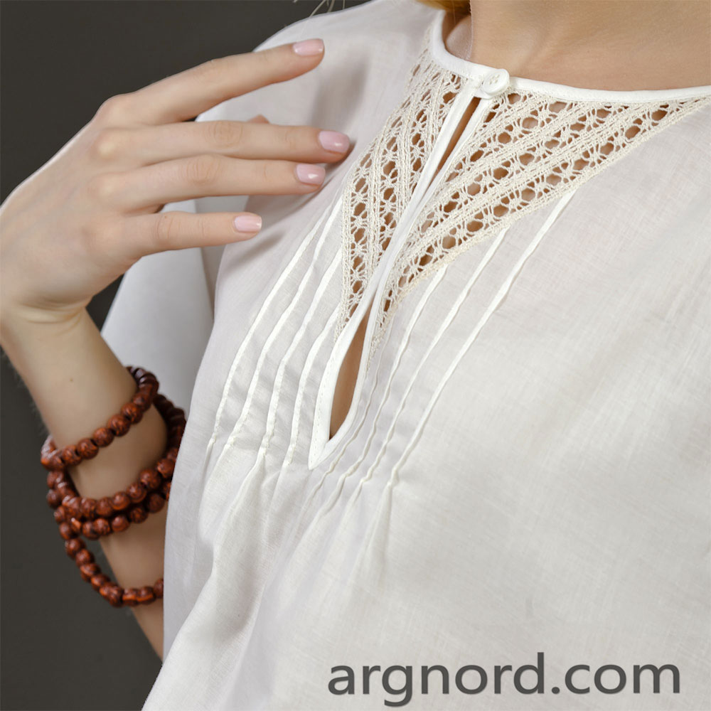 Blouse with lace | VKR-1408