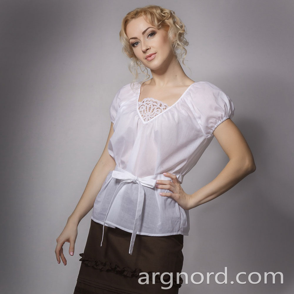 White cotton blouse with lace and ribbon | VKR-1690