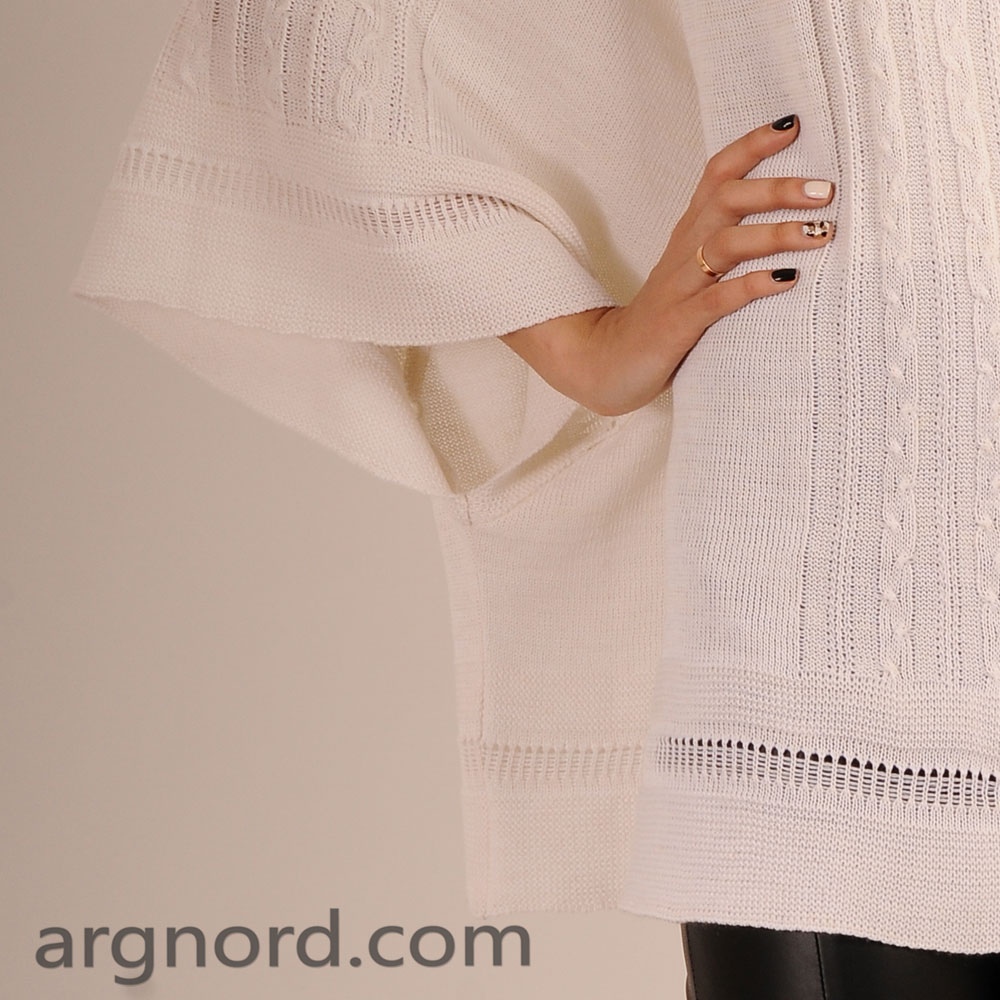 White poncho with openwork pattern and high collar | 11082