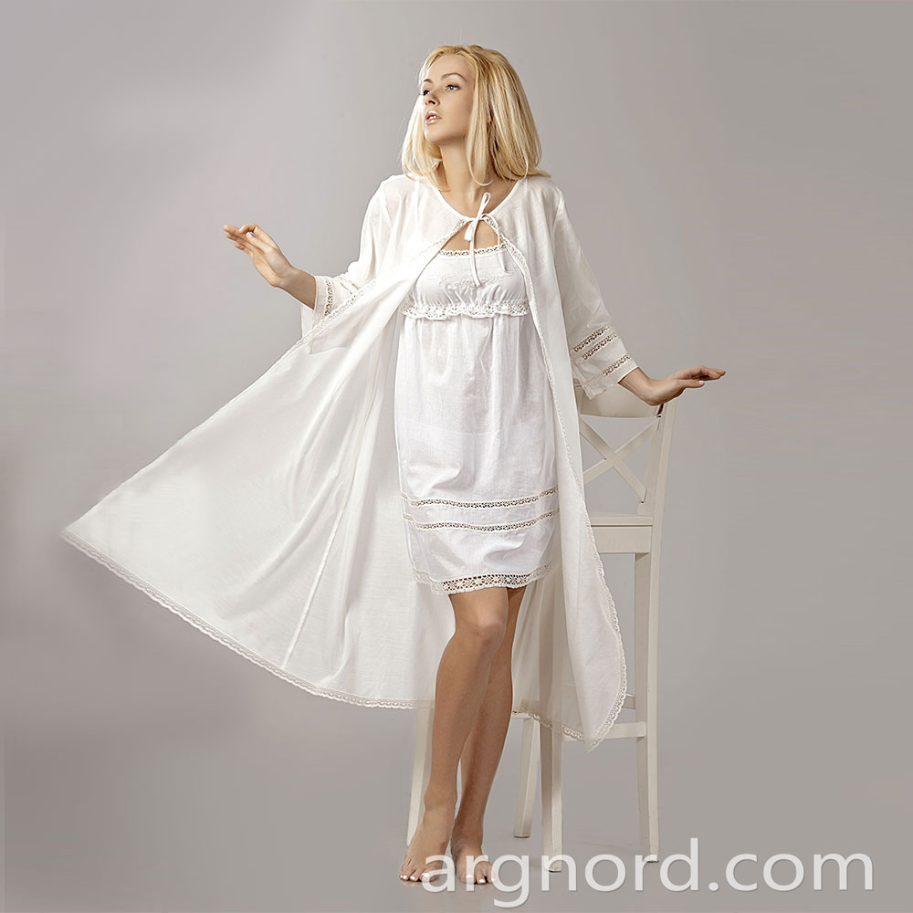 White Cotton Long negligee with lace and 3/4 sleeves | VKR-1894