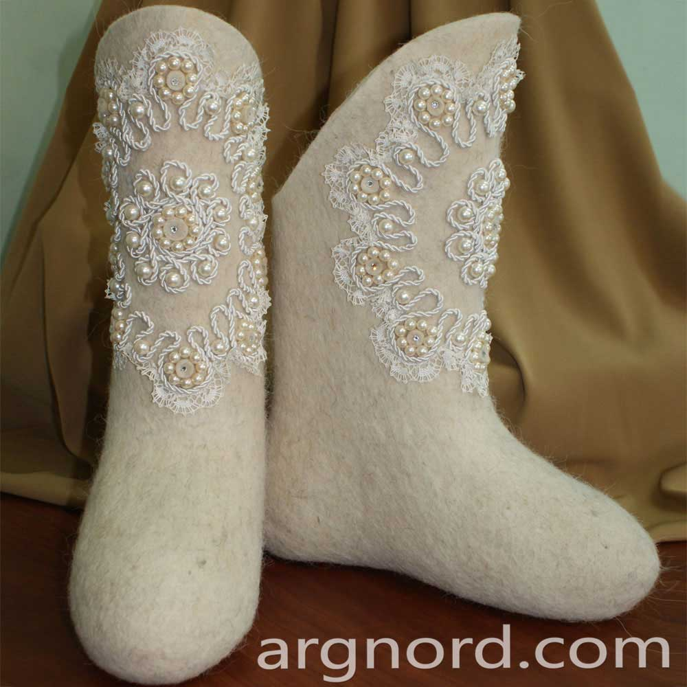 Russian white Valenki felt boots for women with lace