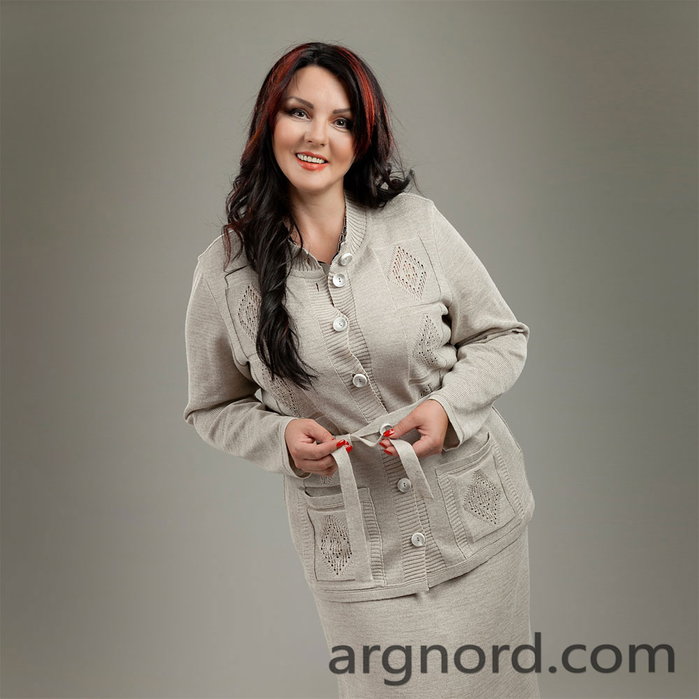 Plus size grey linen cardigan with two pockets and button | 13075